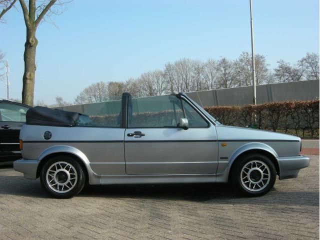 Le Bel Air De 1990 All as well 2013 Boxster s besides Quartett 1991 1993 further Overhyped And Over Here Volkswagen Golf Mk2 furthermore Sportline. on 1991 vw cabriolet brochure